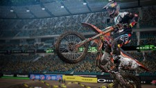NSwitch_MonsterEnergySupercrossTheOfficialVideogame_01