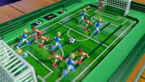 NSwitch_51WorldwideGames_Screenshot_ToySoccer.jpg